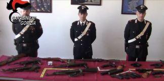 L'arsenale di armi da guerra trovato nell'auto di un bosniaco