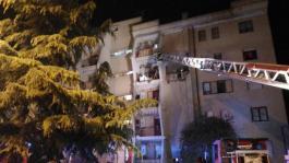 Esplosione in casa Crotone, 2 morti e 4 feriti