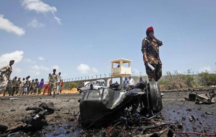 Autobomba contro convoglio italiano in Somalia, uccisi 4 bambini