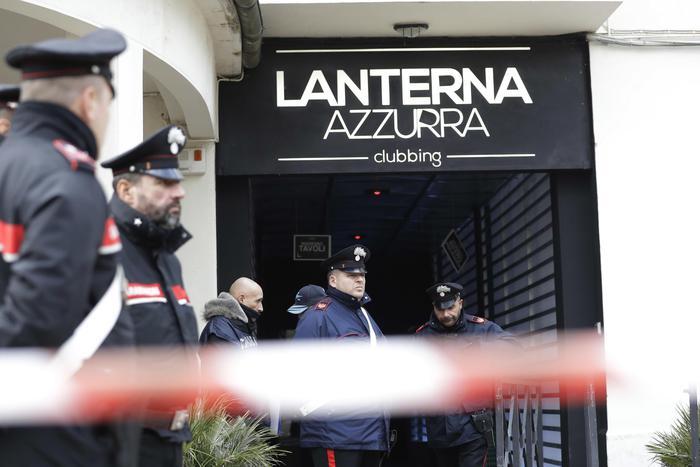 """Strage discoteca a Corinaldo, 6 condanne per la """"banda dello spray"""""""