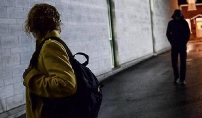 stalking donna perseguitata