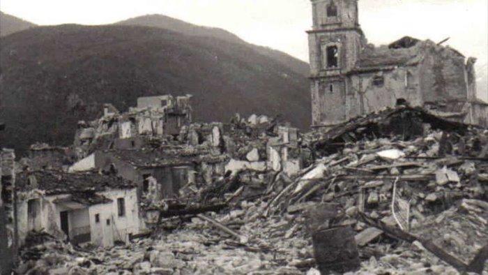 40 anni fa il devastante terremoto in Irpinia: quasi 3mila morti e 300mila sfollati