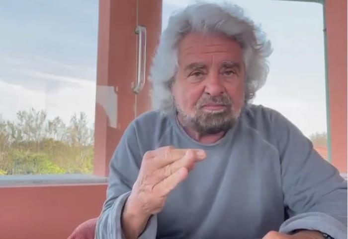 """""""Stupro"""" figlio di Grillo, ira del fondatore M5s in video. """"Se vero arrestatelo"""". E' bufera"""