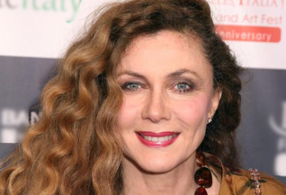 """Chiamata per uno spot pro-vaccini, l'attrice Brigliadori si ribella: """"No, sono la distruzione"""""""