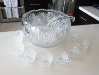 "L.E. Smith ""Pineapple"" Punch Large Bowl Set with Glass Ladle and 10 Cups - Gorgeous Fan Diamond Pattern - 9.5 Quarts - EAPG Punch Bowl"