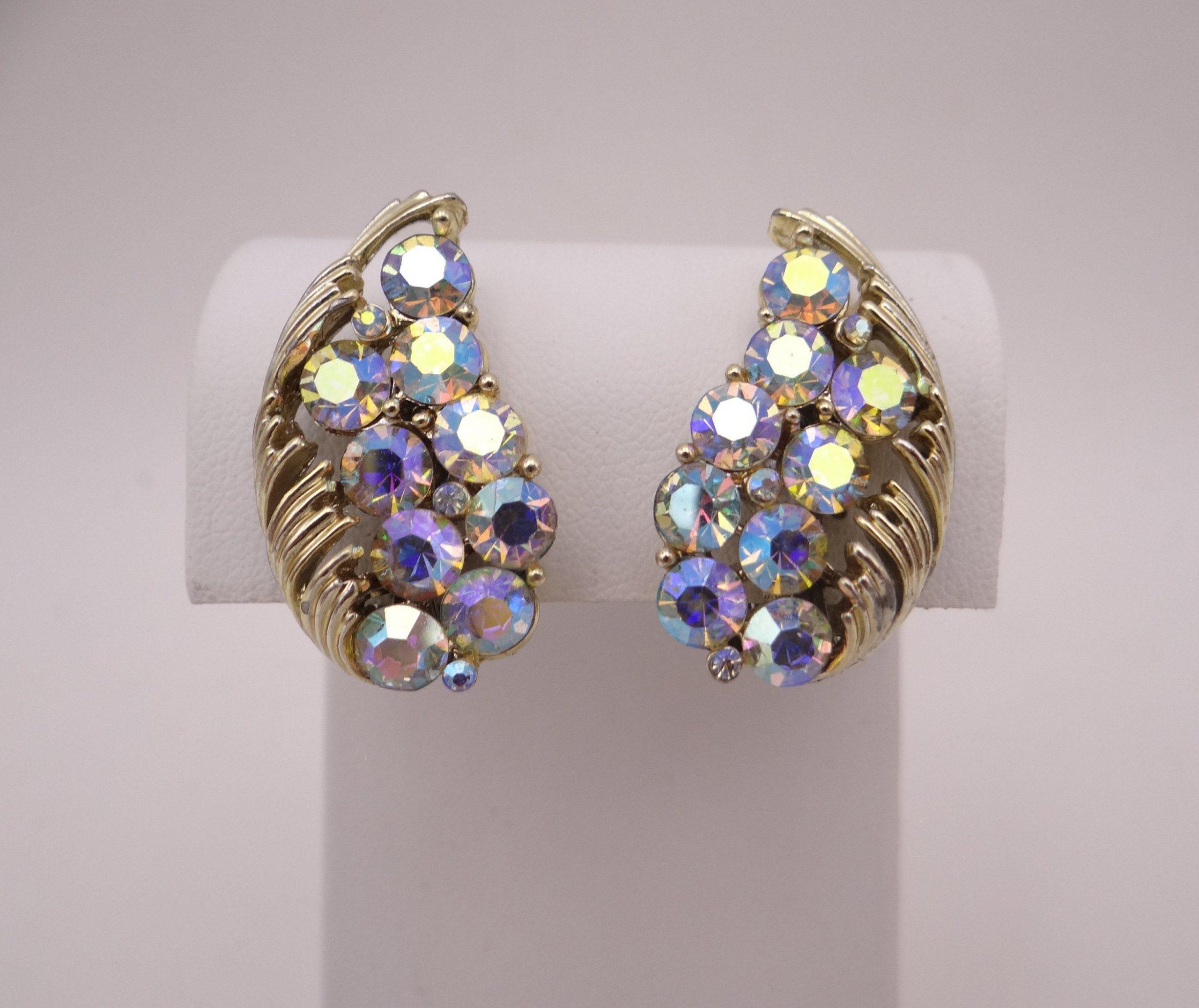 Lovely Blue Vintage Rhinestone Clip Earrings