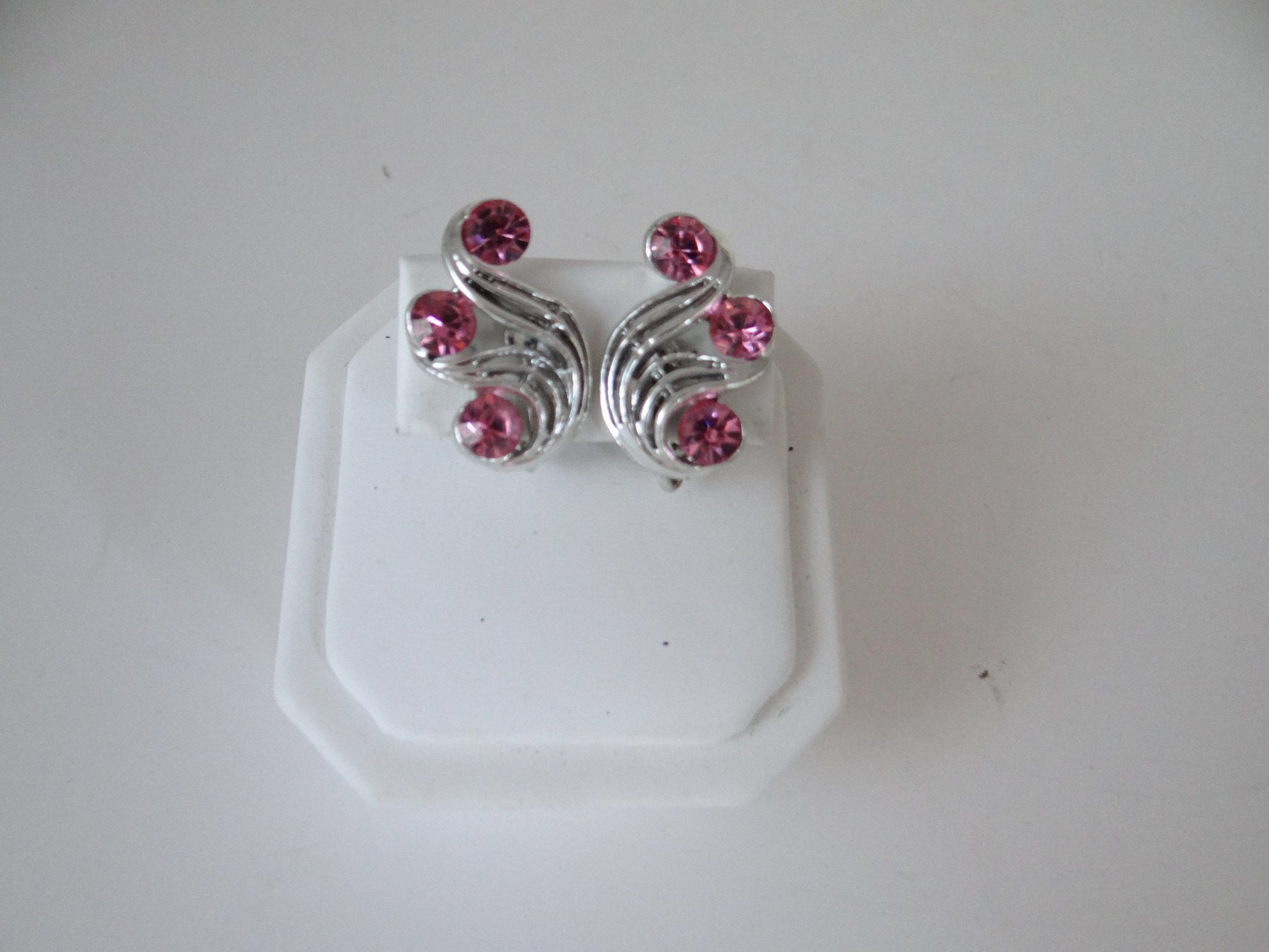 Signed Stunning 1105 Versatile Eye Catching Vintage PINK RHINESTONE Earrings Clip On Classic Goldentone Beautiful Gift for Her