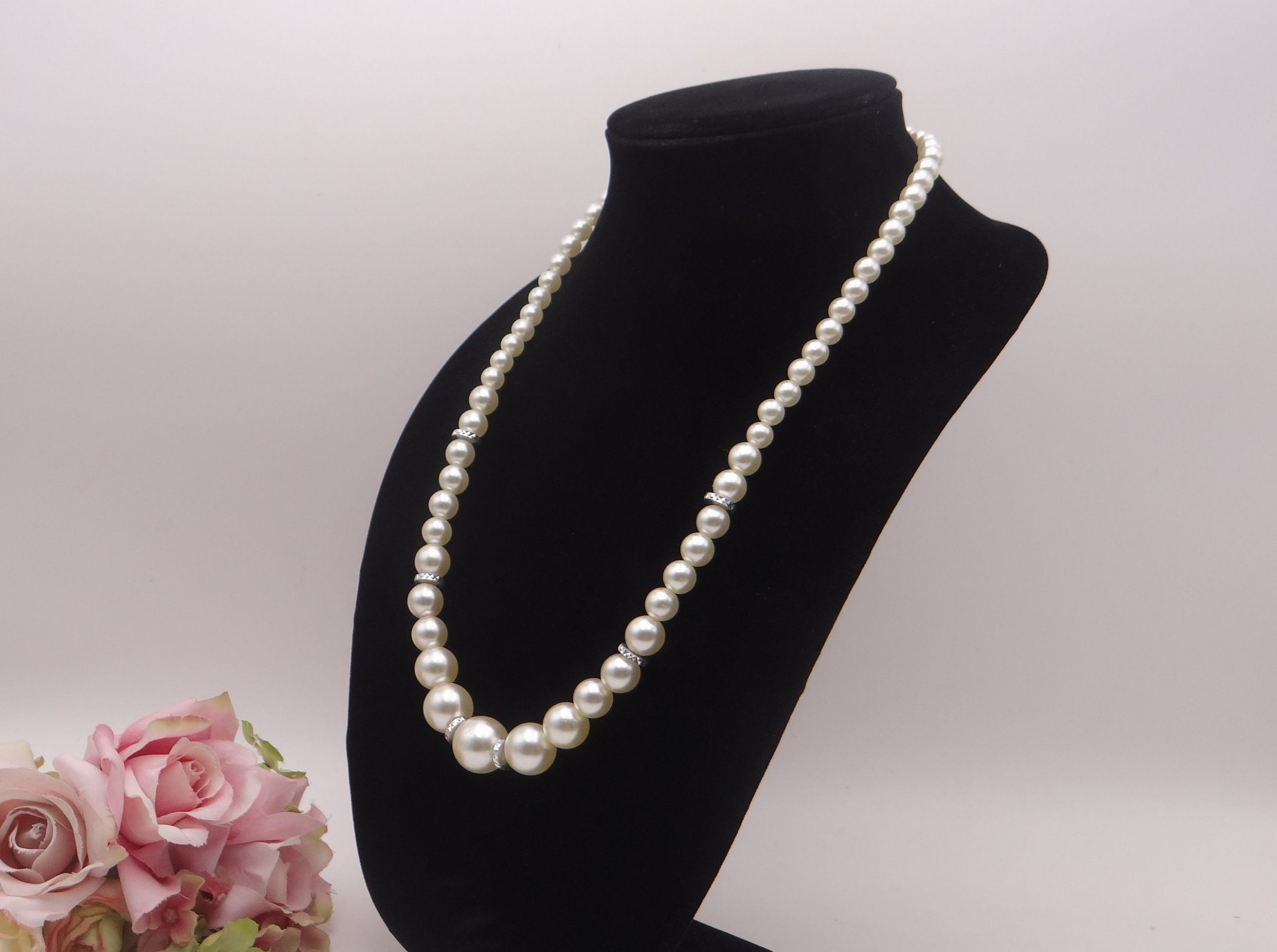 Ivory Vintage Faux Pearl Necklace with Silver Tone ... |Modern Jewelry Clasp