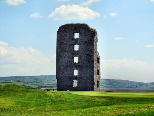 Dough Castle, located beside the aptly-named Castle course, Lahinch Golf Club