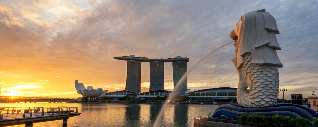 Singapore Merlion with Skypark during Sunset | One day in Singapore | Singapore day one itinerary