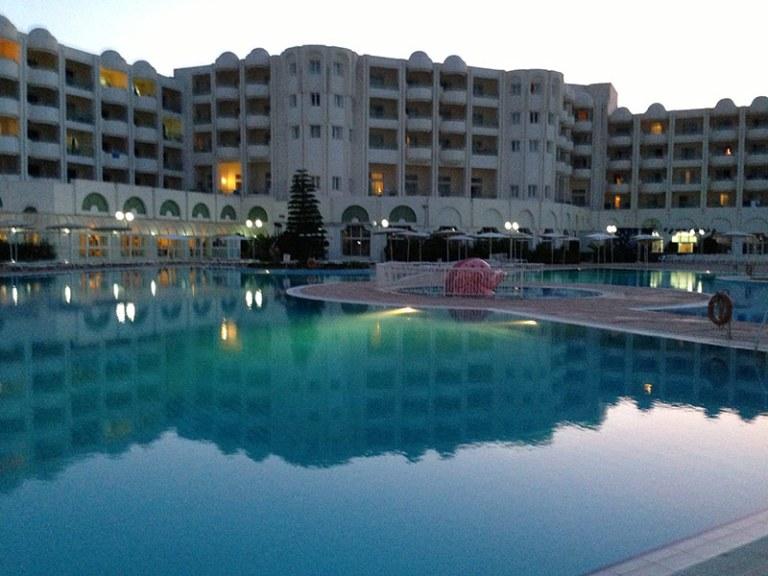 Бассейны отеля El Mourandi El Menzah
