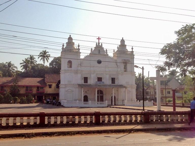 Католический храм в Варке