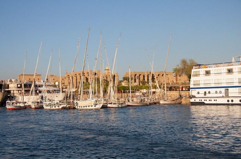 Луксорский храм вид с Нила
