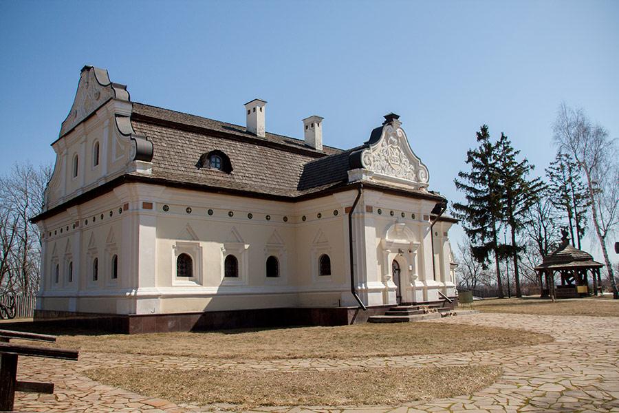 Реконструкция дома гетмана