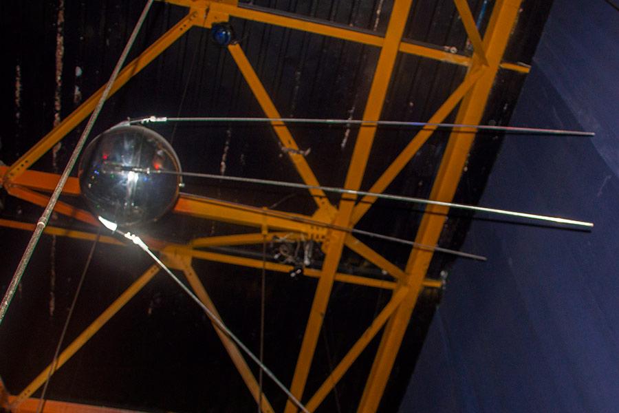 Макет первого искусственного спутника Земли