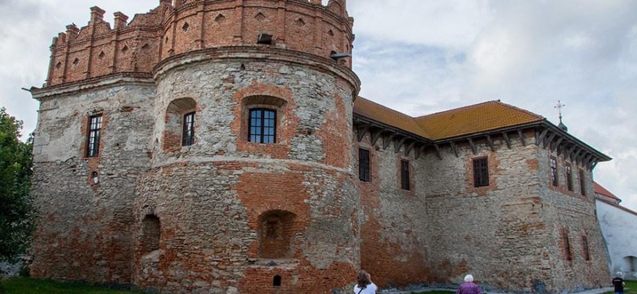 Замок в Староконстантинове