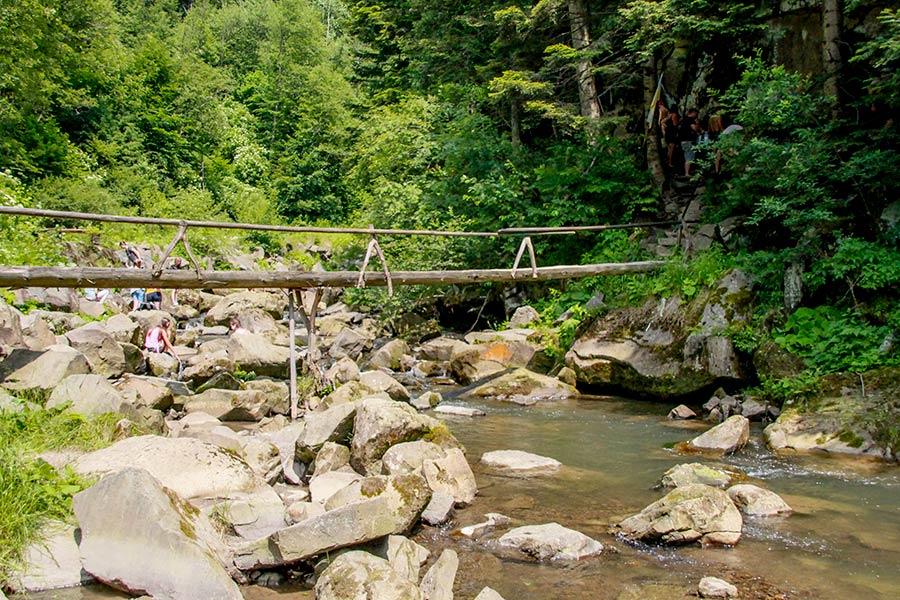 Мост к источнику