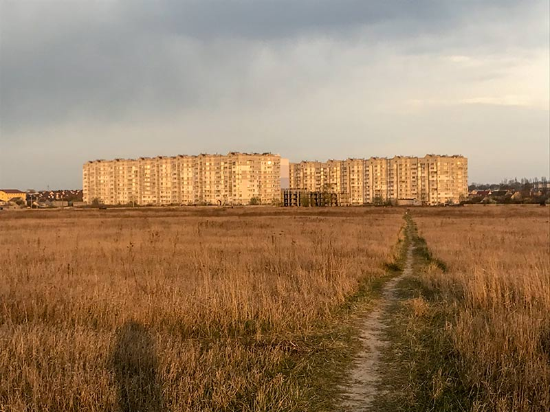 Многоэтажки на Тепличной