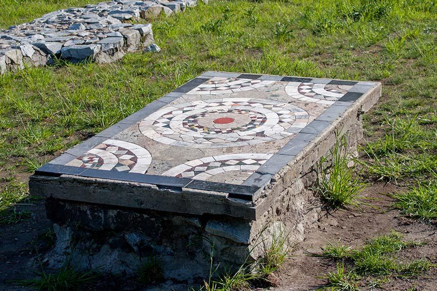 Мозаики Десятинной церкви