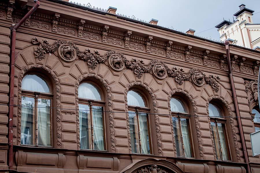 Шоколадний будиночок - будинок Семена Могильовцева