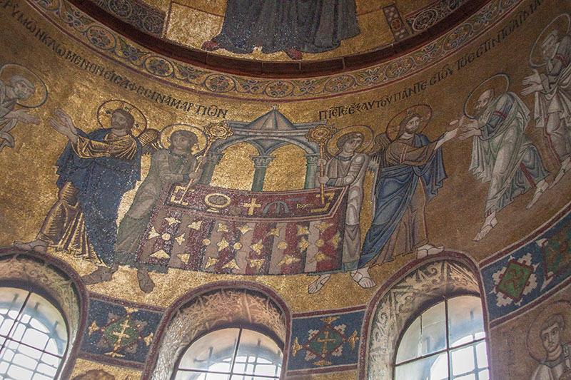 Мозаики Софийского собора