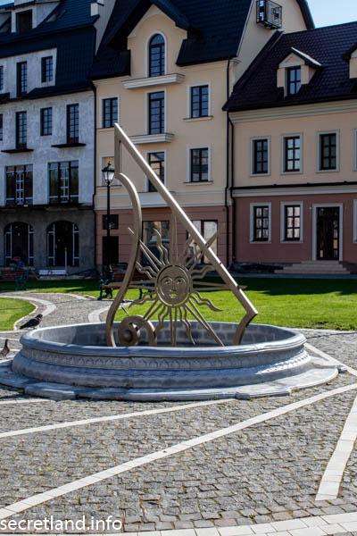 Солнечные часы Каменец-Подольский