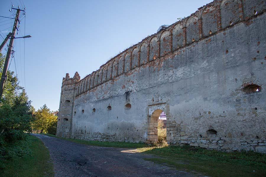Замок в Старом Селе