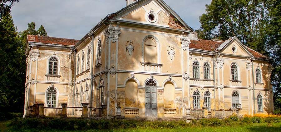 Дворец Фредро-Шептицких в Вишне