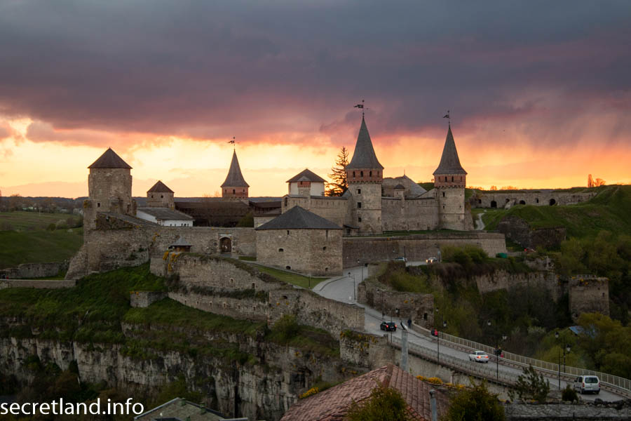 Кам'янець-Подільська фортеця.