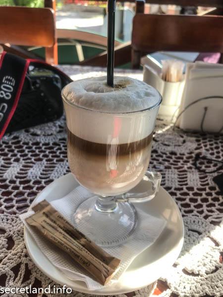 Латте в кафе Ника в Каменец-Подольском