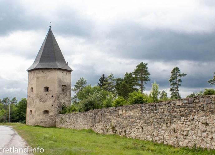 Замок в Кривче