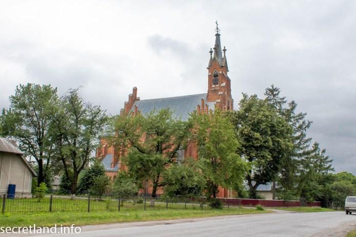 Костел Святой Анны в Озерянах