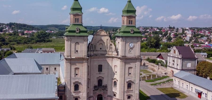 Костел святого Антонія з Падуї та монастир бернардинців
