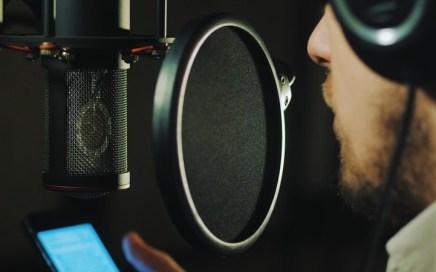 Singer-Songwriter - Recording Studio