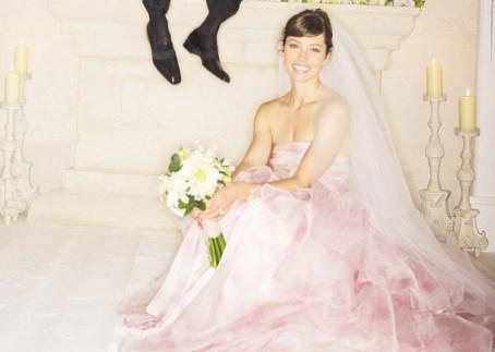 Jessica Biel in her Giambattista Valli Haute Couture gown