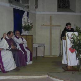 Merci à Grace, la fleuriste de l'église