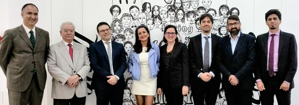 Juan Espinosa visita las nuevas oficinas de Grupo R. Franco