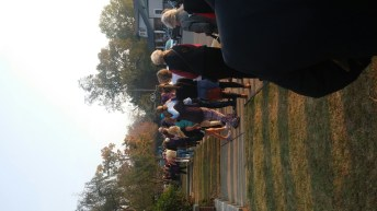rally-marching-around-synagogue