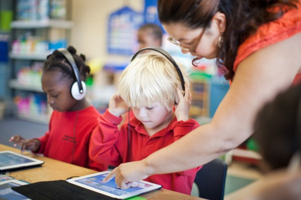 Technology In Classroom Defines Good Learning