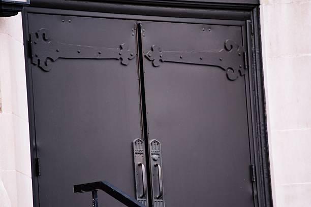 Quel budget prévoir pour une porte blindée?