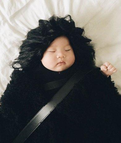 sleeping-baby-cosplay-joey-marie-laura-izumikawa-choi-19-57be923b0a30d__700