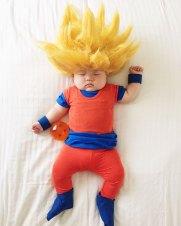 sleeping-baby-cosplay-joey-marie-laura-izumikawa-choi-43-57be949e654cd__700