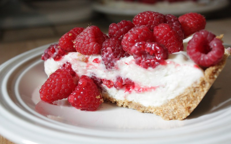 Raspberry Marshmallow Cream Pie