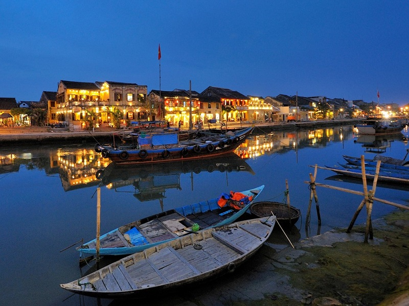 Vietnam group tour river cruises