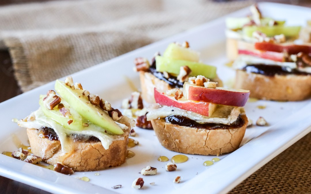 Apple, Brie & Honey Crostini {Gluten Free Option}