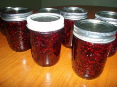 Old Fashioned Raspberry Blueberry Jam – Canning and Preserving Month
