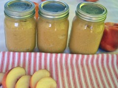 All-Natural White Peach Applesauce