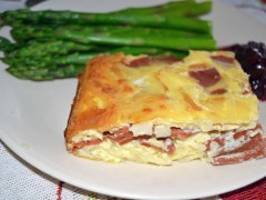 Sunday Brunch Ham and Eggs: Comfort Food Casserole