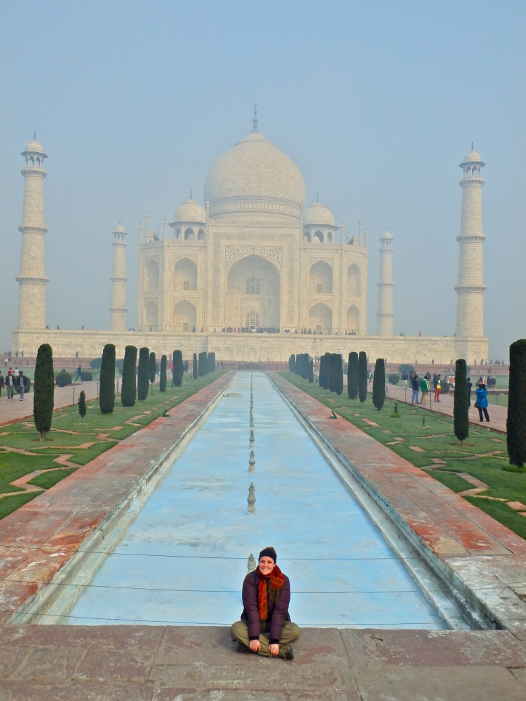 visiting the taj mahal agra india travel blog taj mahal travel tips where to get pictures at the taj mahal how long do you need at the taj mahal?