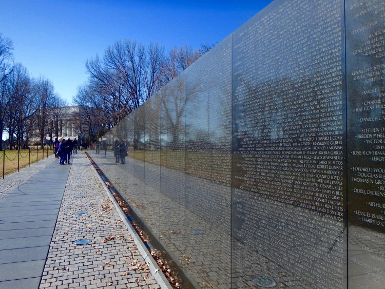 Vietnam Veterans memorial washington DC national mall memorials where to visit in DC